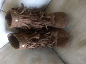 Girls Brown boots size 11