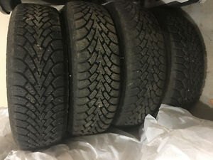 Goodyear Winter tire and rim - 215/70R15