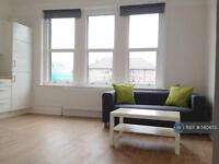 1 bedroom flat in London Road, Mitcham, SW17 (1 bed)