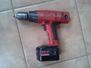 Perceuse sans fil Milwaukee Cordless Drill + Battery