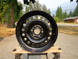Nissan 18 inch steel wheels with sensors