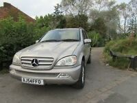 Mercedes M Class ML270 CDI SPECIAL EDITION (aluminium/silver) 2004