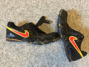 Nike Sprinting Running Track Spike Shoes - Mens Size 11