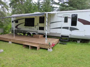 Paradise Pointe travel trailer by Crossroads