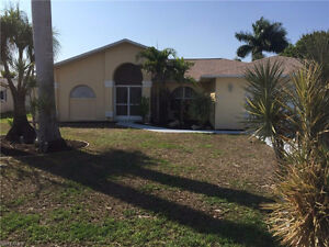 *House in Cape Coral,Florida,USA*Gulf Access *POOL*Fresh Paint*