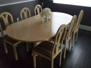 Beautiful Italian laquered Dining room set