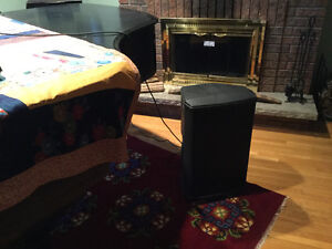 Yorkville NX 25 powered speakers (pair)