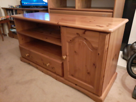 Solid wood TV stand great condition disinfected contactless collection
