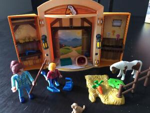 Coffret Playmobile fermiers