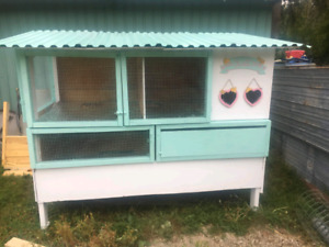 Bunny hutch/rabbit hutch