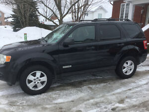 2008 Ford Escape XLT SUV, 4X4 wow  $3600 firm