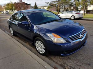 2009 Nissan Altima 2.5 S in Excellent Shape. Best Price !