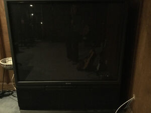 """60"""" Sony projection TV"""