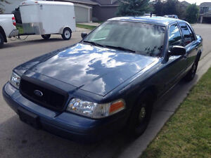 2008 Ford Crown Victoria (Rare Street Apperence package)