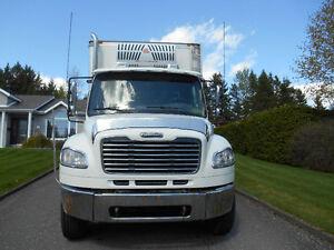 camion refrigéré freightliner 22 pieds