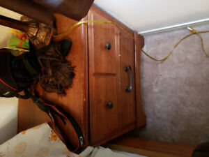 Used Queen Size Bedroom Set for Sale