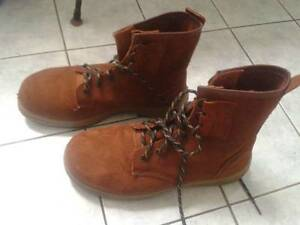 Mens Oliver brown suede hi lace work boots. Size UK10/US11 Coolum Beach Noosa Area Preview
