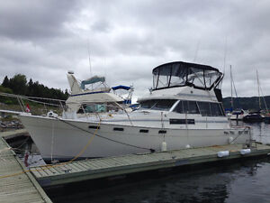 Reduced - 1989 Bayliner 3888 - Mechanical and Cosmetic Upgrades