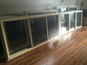 Windows excellent condition London Ontario image 2