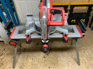 Milwaukee 6955-20 12″ Dual-Bevel Sliding Compound Miter Saw