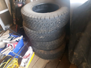 265/70R17 BFG Rugged Trail Tires