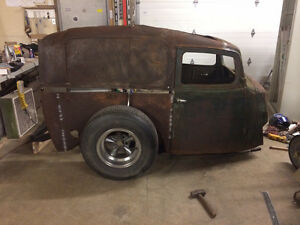 1935 / 36 Willys Panel Delivery project / parts
