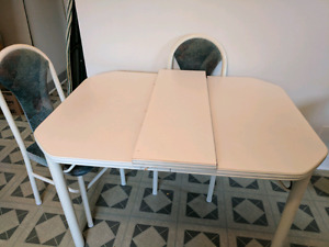 Dining table - 6 chairs