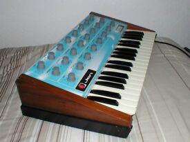 Modified vintage Jen SX1000 analogue synthesizer