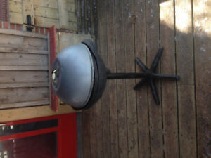BBQ ELECTRIC, 120v wall plug in works great, clean