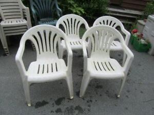 PLASTIC DECK CHAIRS - REDUCED!!!!
