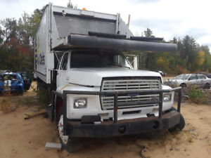 FORD F700 1988
