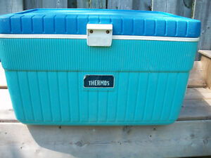 LARGE THERMOS COOLER AND GARDEN CART