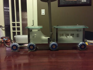Custom Train light - 2 sets of wheel in different colours