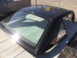 Mercedes SL hard top black , very clean  negociable.