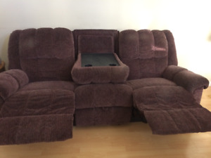like new lazyboy-style recliners and matching sofa w food tray
