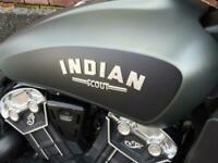Indian Scout Bobber 2-Tone 2021 model