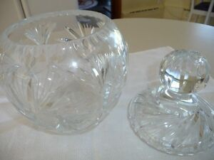 CRYSTAL VASE/BOWL North Shore Greater Vancouver Area image 3