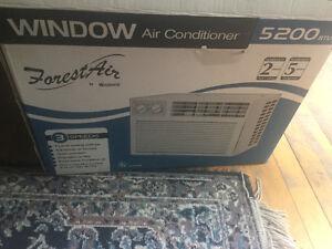 5200 BTU Air Conditioner