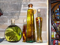4 Kitchen Oil and Herb Accent Bottles (Decor)