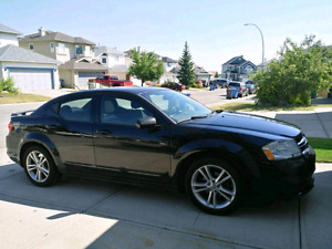 PRICE DROPPED 2013 dodge avenger sxt LOW KMs