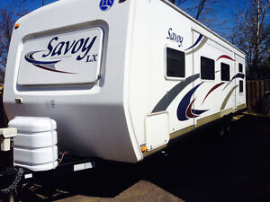 2009 holiday rambler 32 foot two bedrooms