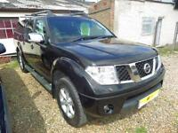 Nissan Navara 2.5 Tekna 2.5 Dci 4X4 Double Cab Pick-Up