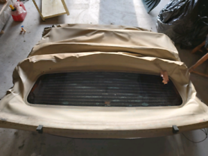 2006 ford mustang tan convertible top only