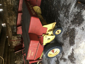 New Holland 311 little square baler