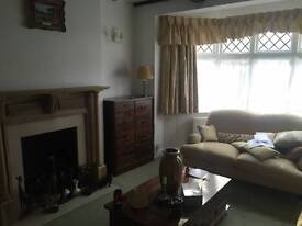 MASSIVE DOUBLE ROOM - SINGLE USE - AMAZING HOUSE NO FEE