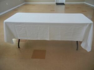 10 White Linen Tablecloths