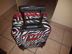 rolling travel bag new condition