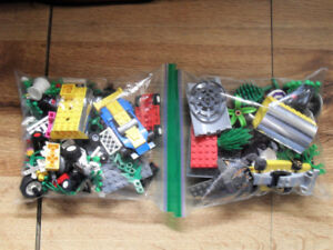 Lot of 2 Bags (1 lb.) Of LEGO (Cars, Wheels, Greenery, Pieces)