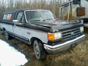 1989 Ford E-150 Pickup Truck