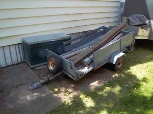utility trailer 6ft  5 inches by 3 foot 2 inches must sell now